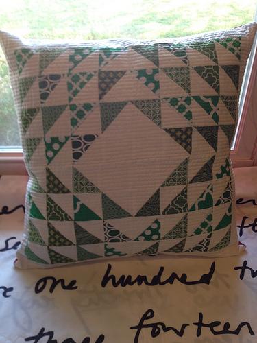 FWMQG Seasonal Pillow Challenge