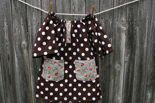 Poppy Bow Dress Brown