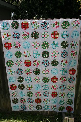 Jingle Circles Quilt